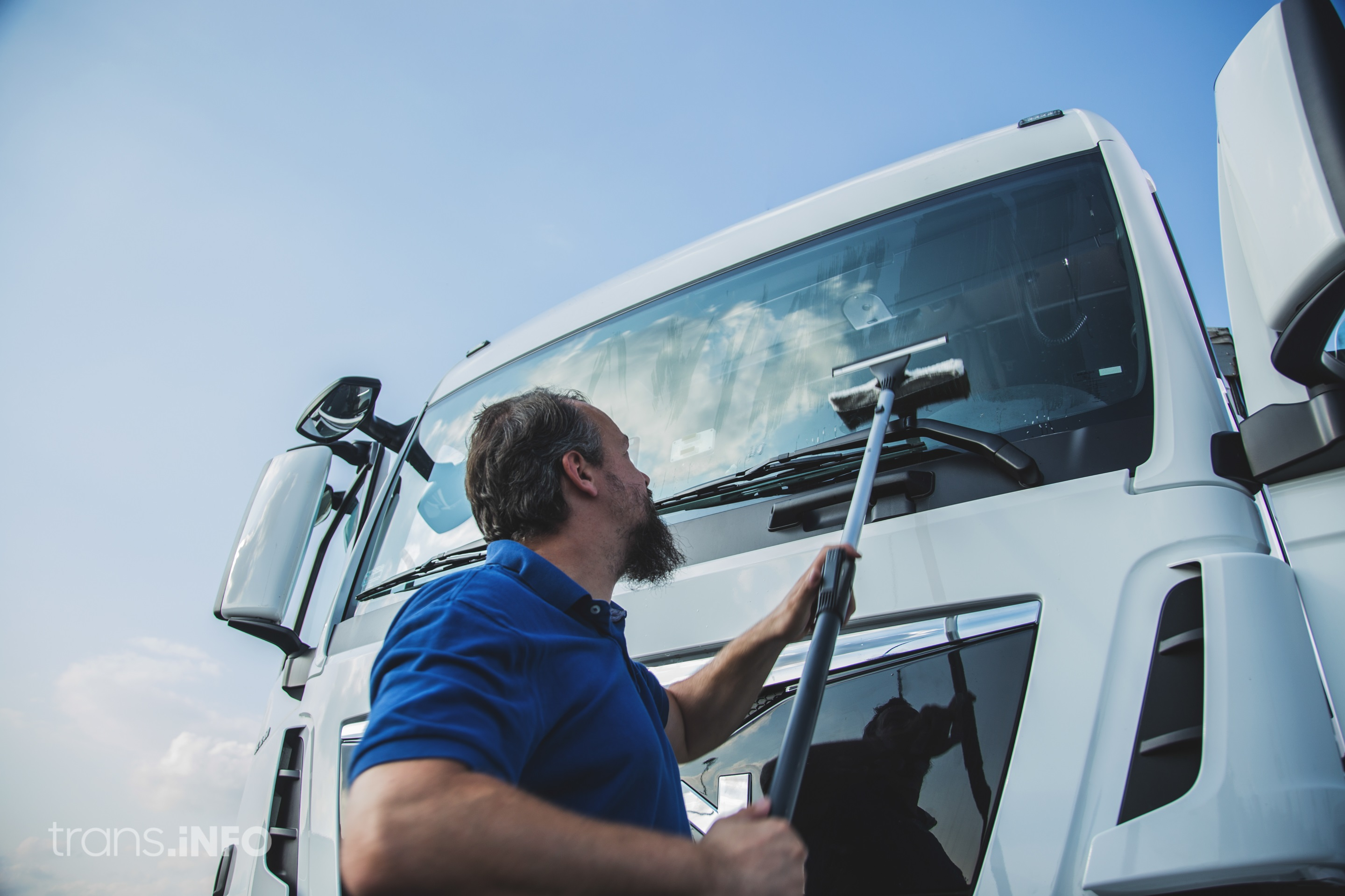 This is how you can clean your truck during coronavirus pandemic. Stay safe and stay healthy!