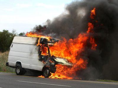 Pavojingi siuntiniai Lietuvos keliuose. Kas gresia už neteisingą jų transportavimą?
