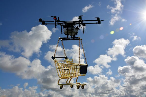 Amazon going green, Walgreen tests drone delivery service. E-commerce news by Nabil Malouli.