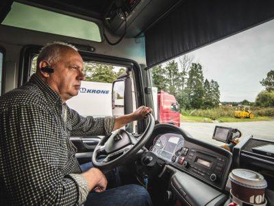 Najstarszy trucker w Niemczech przejechał ponad 7 mln kilometrów… i właśnie przedłużył ważność prawa jazdy