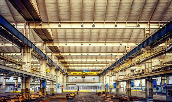 Customers' demands, a challenge for warehouse production