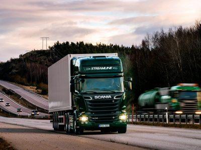 Moment cheie în sectorul de transport rutier de marfă: Șapte producători majori anunță că vor stopa vânzările de camioane diesel mai devreme decât data preconizată inițial