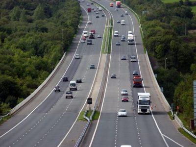 Marea Britanie: Un nou indicator îi informează pe șoferi că pot fi necesare documente suplimentare pentru control