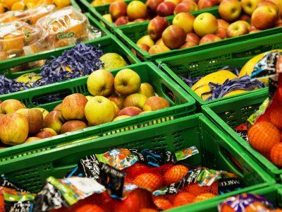 """A friss zöldség és gyümölcs szállítása """"intelligens"""" tárolókban. Milyen előnyei vannak a megoldásnak?"""