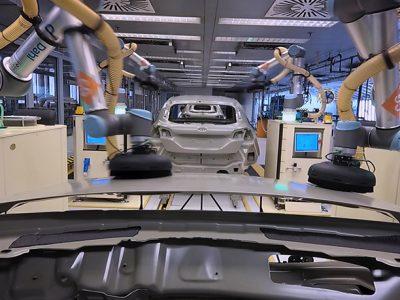 Ford introduce coboți în uzina de la Craiova
