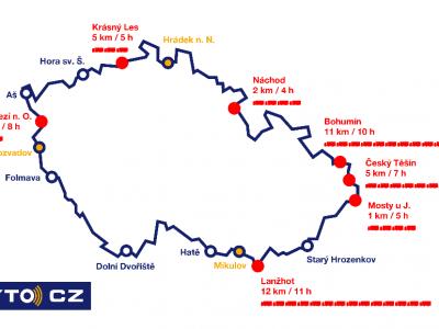 Holnap indul az új cseh útdíjbeszedő rendszer. Nagy forgalmi fennakadásokra kell számítani a határátkelőn körül.