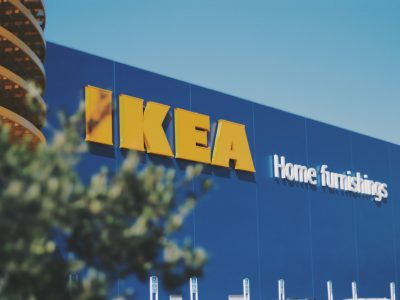 Ikea stops selling on Amazon, Target's same-day delivery data and some exciting Paypal news.E-commerce news by Nabil.