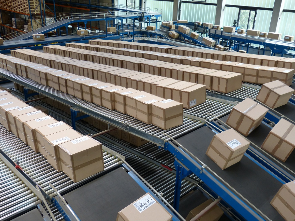 The challenges with packaging operations in warehouse logistics