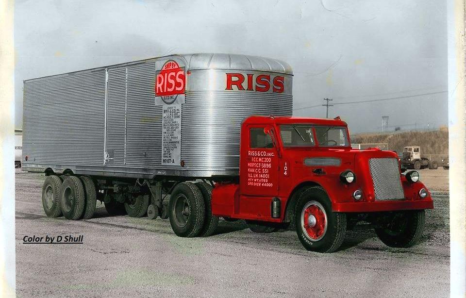 Historia transportu – odc. 94. To oni złożyli największe w historii prywatne zamówienie na ciężarówki