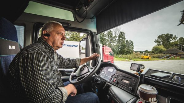 The oldest trucker in Germany has travelled more than 7 million kilometres and has just renewed his