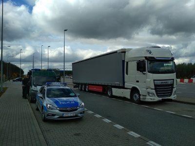 Tachografo patikrinimas padėjo nustatyti sunkvežimio vagystę. Važiavo su lietuviškais valstybiniais numeriais, nors dokumentuose buvo vokiški