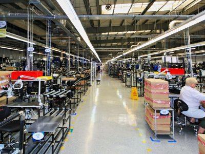 Jak unowocześnić magazyn? Webinar o wdrożeniu systemu RFID w Rossmannie