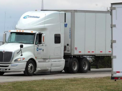 The biggest ever transport company bankruptcy about to happen in the US. Thousands of drivers will be out of work.