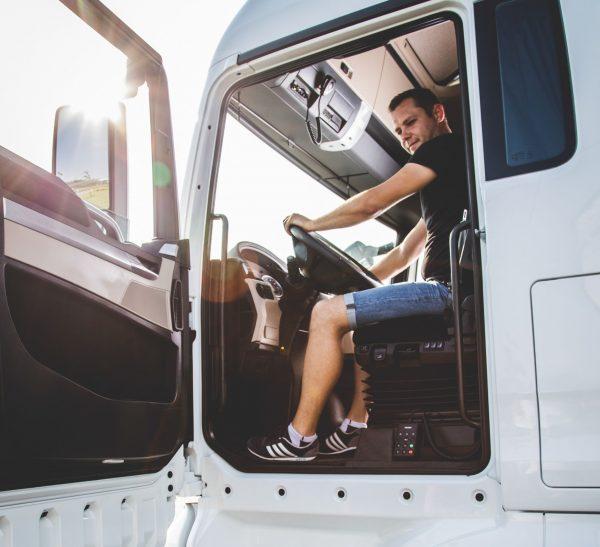 Изменения штрафных санкций за превышение еженедельного рабочего времени водителя в Польше. Проверьте