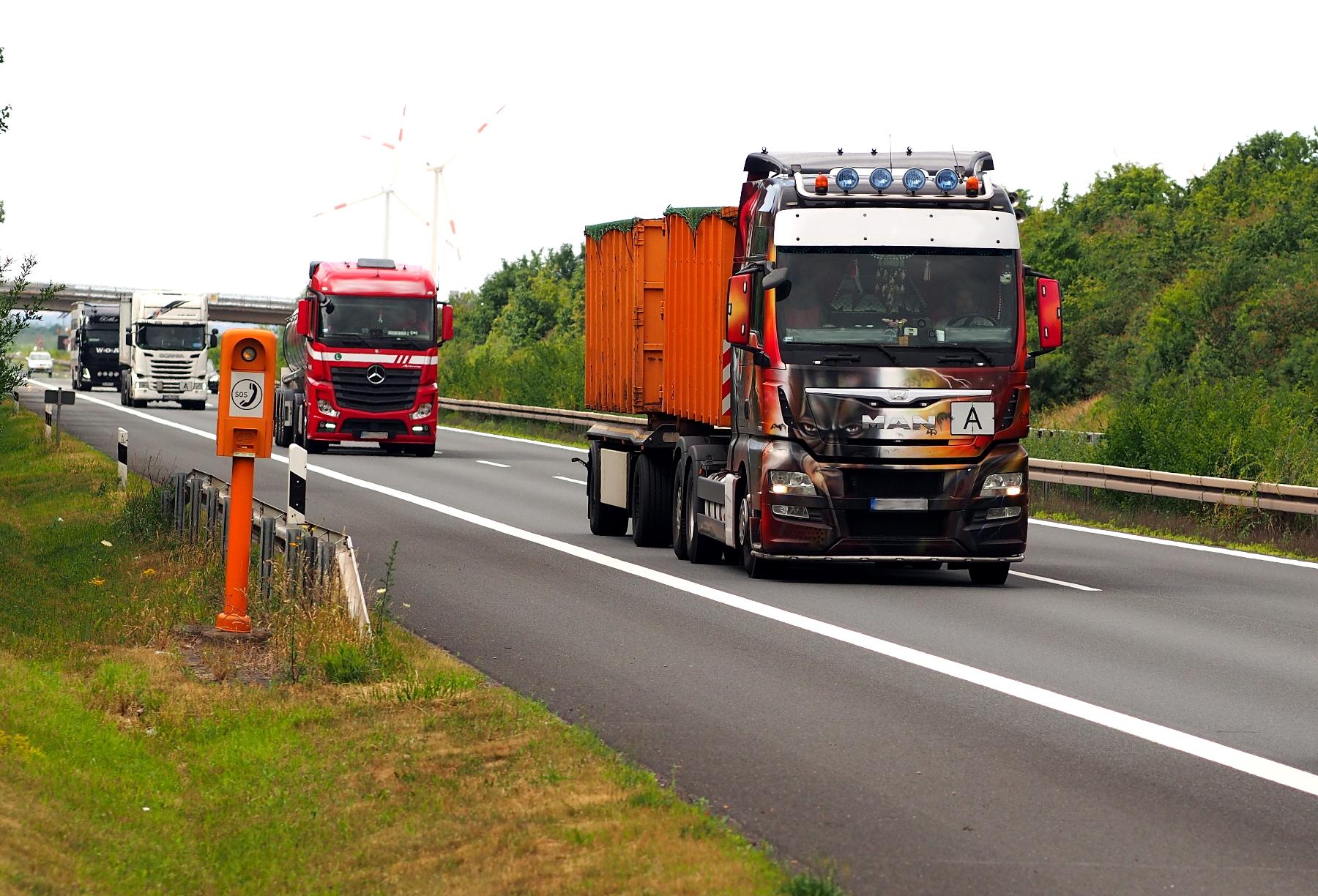 Transport odpadów – sprawdź , jakie wymogi musi spełnić przewoźnik, a jakie załadowca