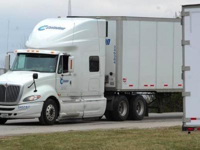 Großes US-Transportunternehmen meldet Insolvenz an. Tausende LKW-Fahrer werden ihre Job verlieren