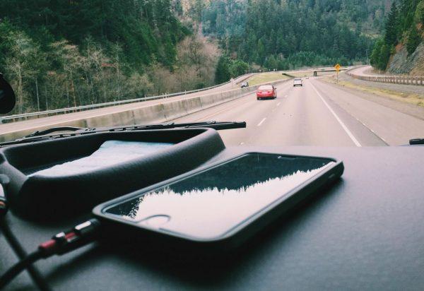Lietuvoje pradeda veikti elektroninė eismo įvykių deklaravimo sistema