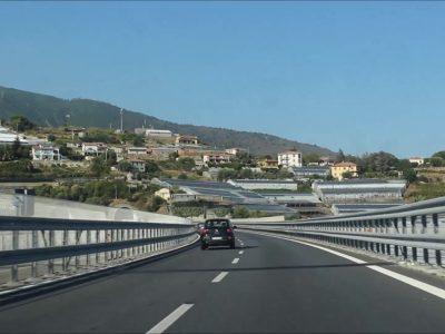Restricții de trafic pentru camioane în Italia până la finalul anului