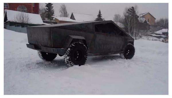 Pick-up Tesli po rosyjsku. Pojazd powstał na bazie UAZ-a