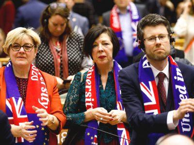 Parlament Europejski zgodził się na warunki Brexitu