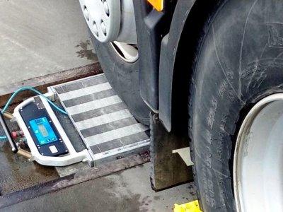 Uniunea Europeană introduce noi sisteme pentru monitorizarea depășirii greutății camioanelor