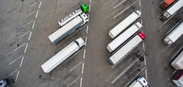 Dar viena šalis sugriežtina sunkvežimių eismo apribojimus