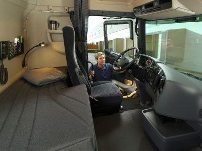 Nuspręsta – Danija smarkiai padidins baudas už savaitinį poilsį sunkvežimio kabinoje. Žinome įsigaliojimo datą