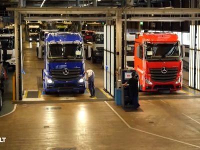 Gdzie rodzi się Actros, czyli wizyta w największej fabryce ciężarówek na świecie