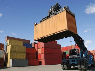 Коронавирус влияет на цепочки поставок и мировое производство. Межконтинентальные перевозки станут дороже