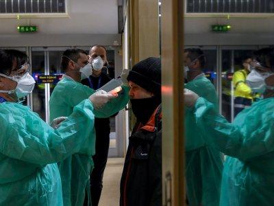 A koronavírus Kínában. A gyárak lassan beindulnak, de vajon ez a gondok végét jelenti?