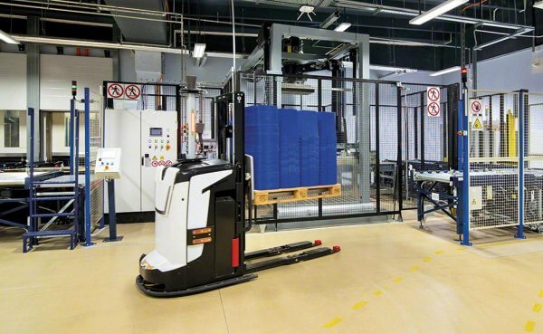 Warehouse and packing centre of Novartis drugs. See what automation has changed
