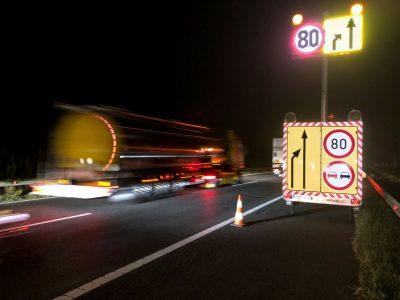 Egyre többször dolgoznak inkább éjszaka a gyorsorgalmi utakon