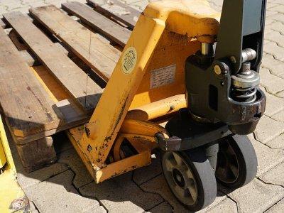Требования к деревянным поддонам. Принят новый стандарт