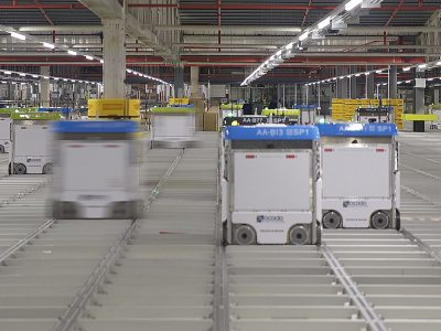 Ocado invests 600 million pounds into robotic warehouses
