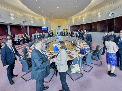 Comisarul european pentru Transport s-a întâlnit cu Miniștrii transporturilor din 9 ţări europene pentru a discuta despre prevederile Pachetului de Mobilitate