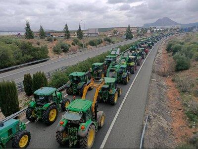 Ispanijos ūkininkų protestai. Vairuotojai gali tikėtis didelių eismo sutrikimų