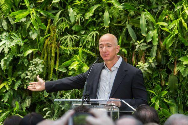 Amazing Amazon!! E-commerce news by Nabil