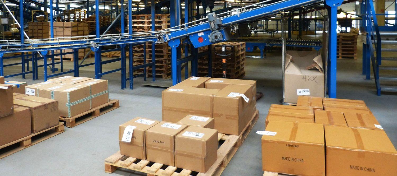 На транспортере движется ящик с грузом ремонт конвейера расценка