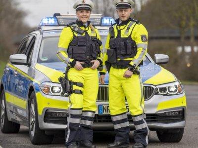 NRW: Autobahnpolizei erhält neue Dienstbekleidung mit Signalwirkung