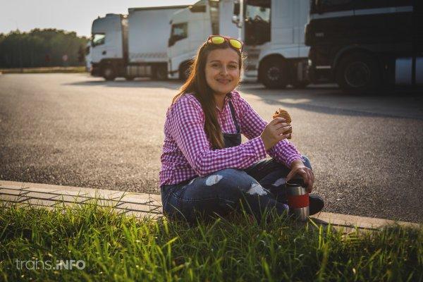 W tym kraju kobiety zdobędą darmowe uprawnienia do prowadzenia ciężarówek
