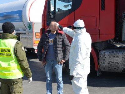 Skutki prawne epidemii koronawirusa dla firm transportowych. [POBIERZ DARMOWY PORADNIK]