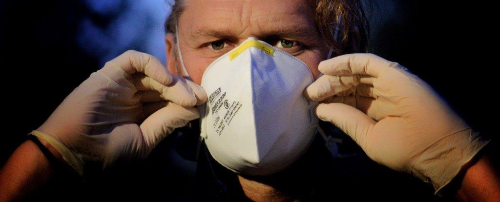 Jak radzić sobie ze strachem w czasie pandemii? Oto kilka porad dla kierowców ciężarówek