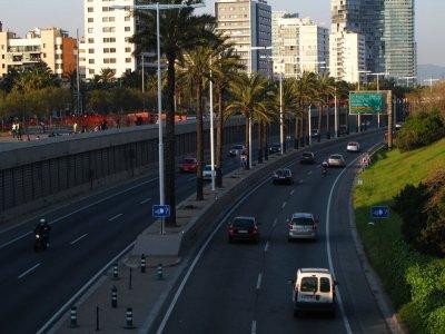 В Барселоне запретят въезд в центр для грузовиков низких экологических классов – «Евро-4» и ниже