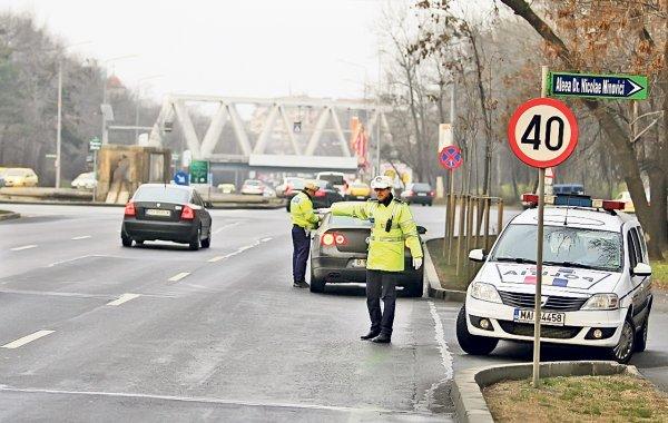 Info COVID-19: Trafic restricționat în România pentru vehiculele cu lățimea mai mare de 4 m