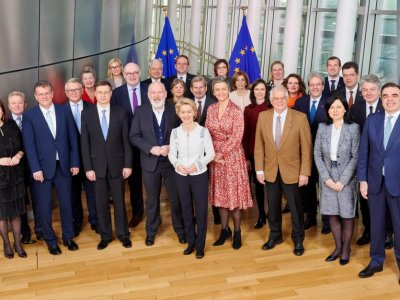 8 ministrów zaapelowało o zawieszenie prac nad Pakietem Mobilności