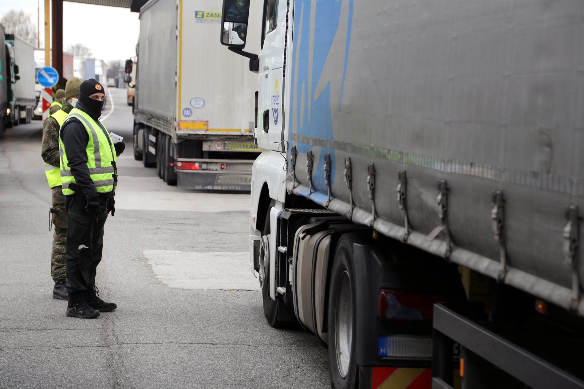 Nowa aplikacja dla kierowców. Pokaże czas oczekiwania na przekroczenie granic w UE