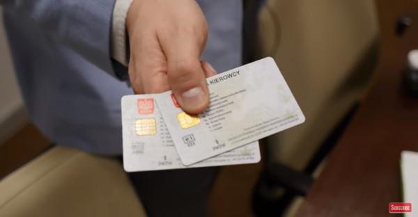 Zgubiłeś lub zniszczyłeś kartę kierowcy we Włoszech? Sprawdź, co robić
