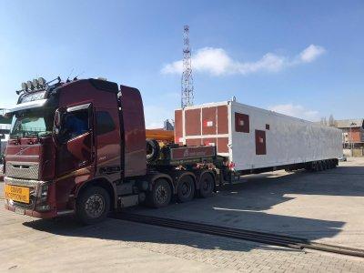 Į Lietuvą atgabentas nestandartinio svorio ir gabaritų krovinys