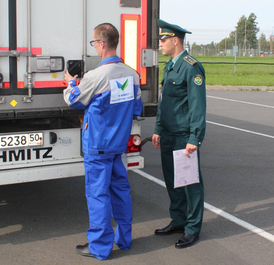Plombos per Rusiją važiuojančiuose sunkvežimiuose vis arčiau