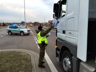 Водители, возвращающиеся в Польшу, чтобы пройти недельный отдых, исключены из карантина